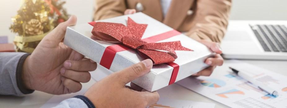Business Gift Etiquette