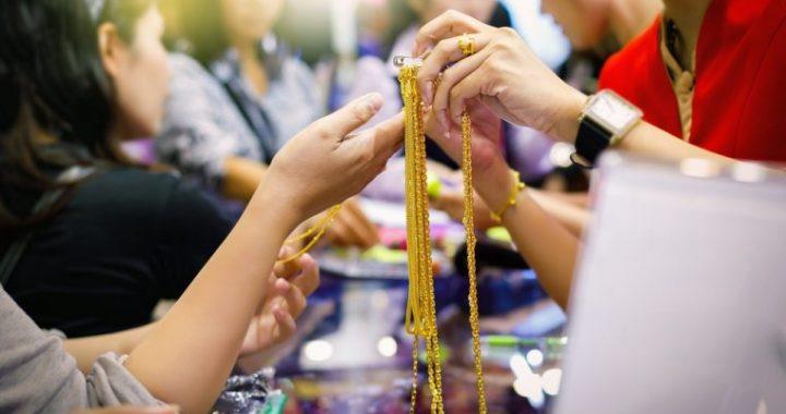 Selling Jewellery